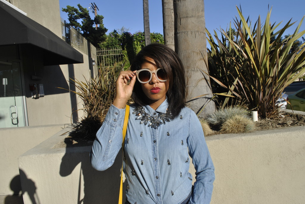 chunky necklace with denim shirt