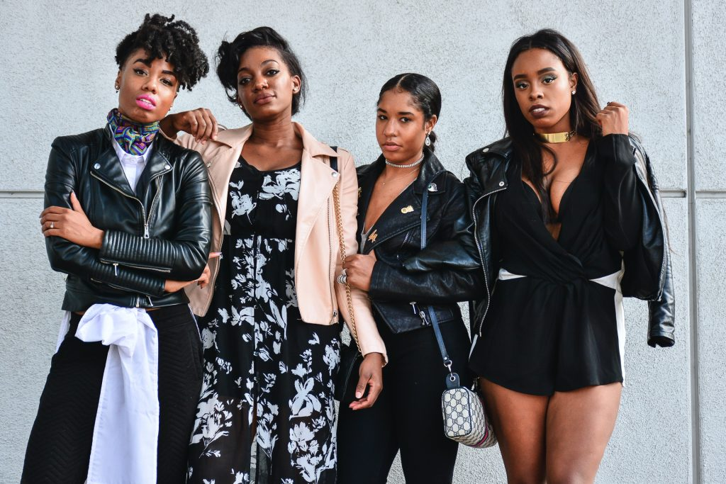 4 ways how to style a leather jacket different ways. black fashion bloggers in LA