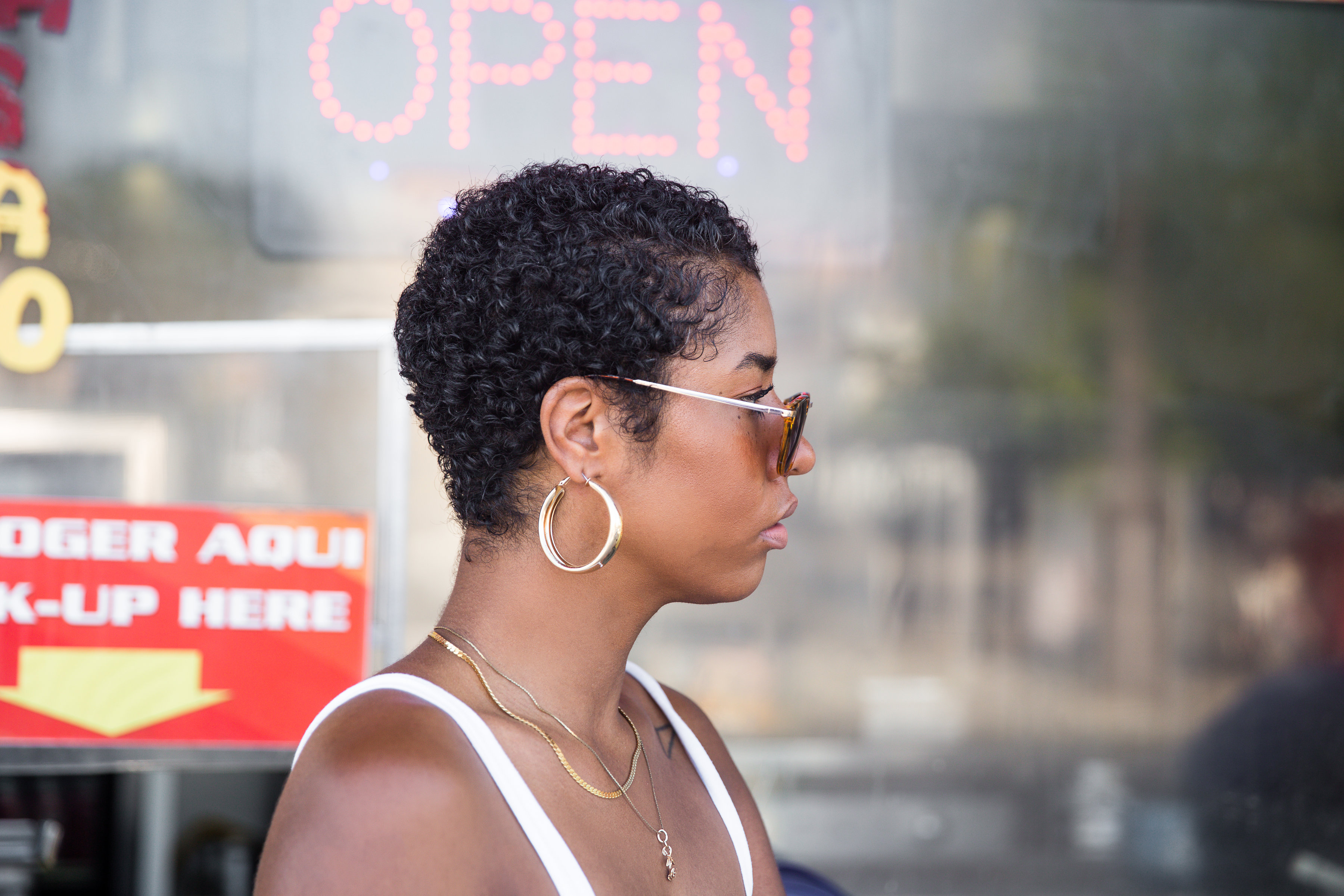 La black hair blogger twa style 3b hair short curly