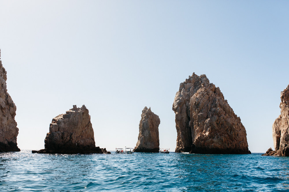 things to do in Los cabos. Cabo San Lucas Mexico boat ride Lovers beach