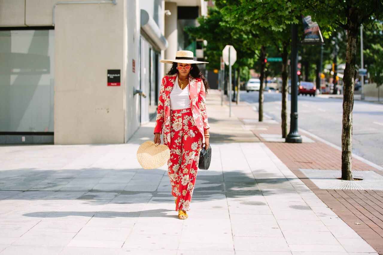 Red printed women's suit Zara T-shirt with suit. Brooklyn New York Los Angeles LA NYC blogger style beauty fashion