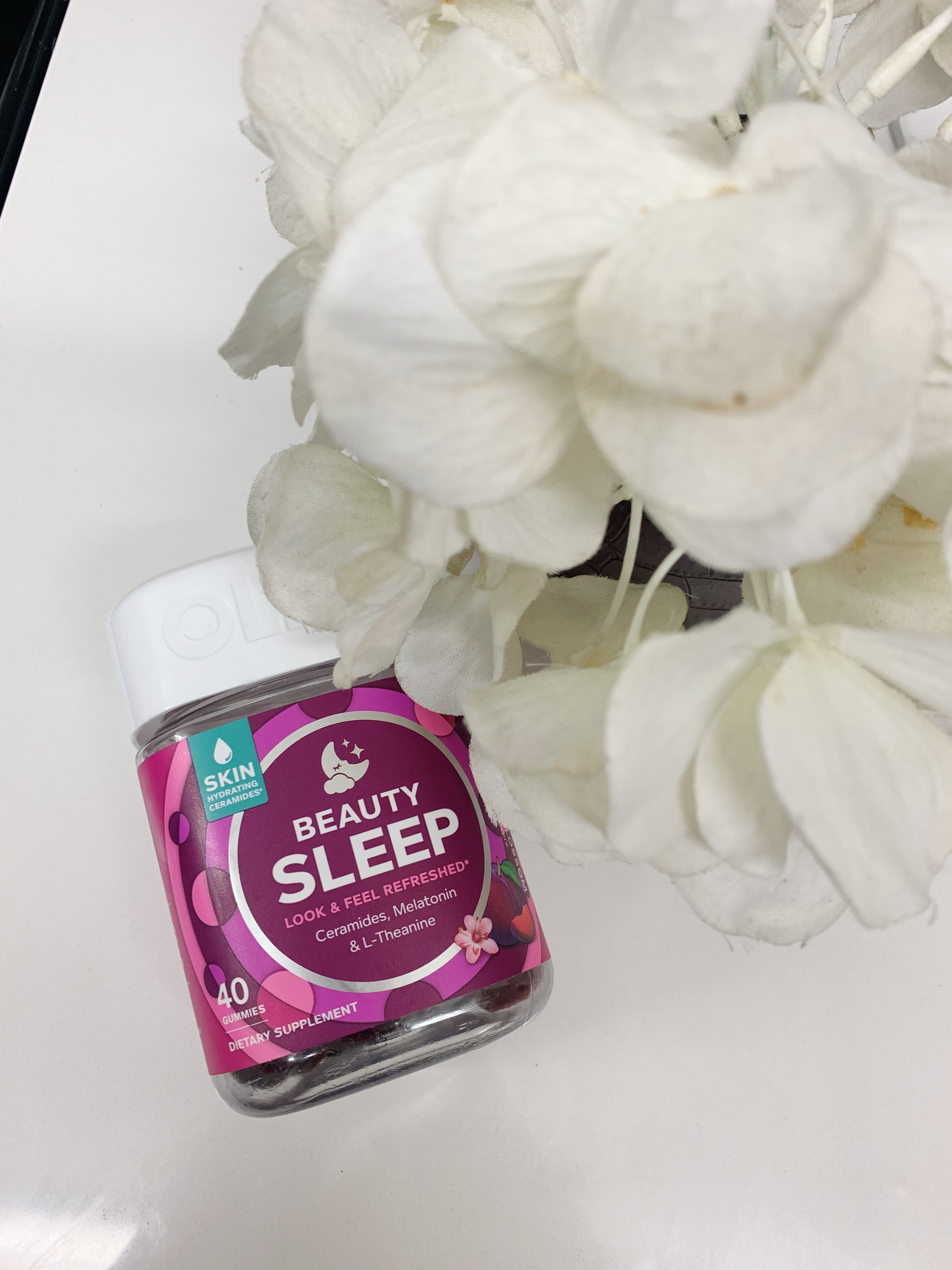 olly nutrition beauty sleep review. nighttime beauty routine vitamins