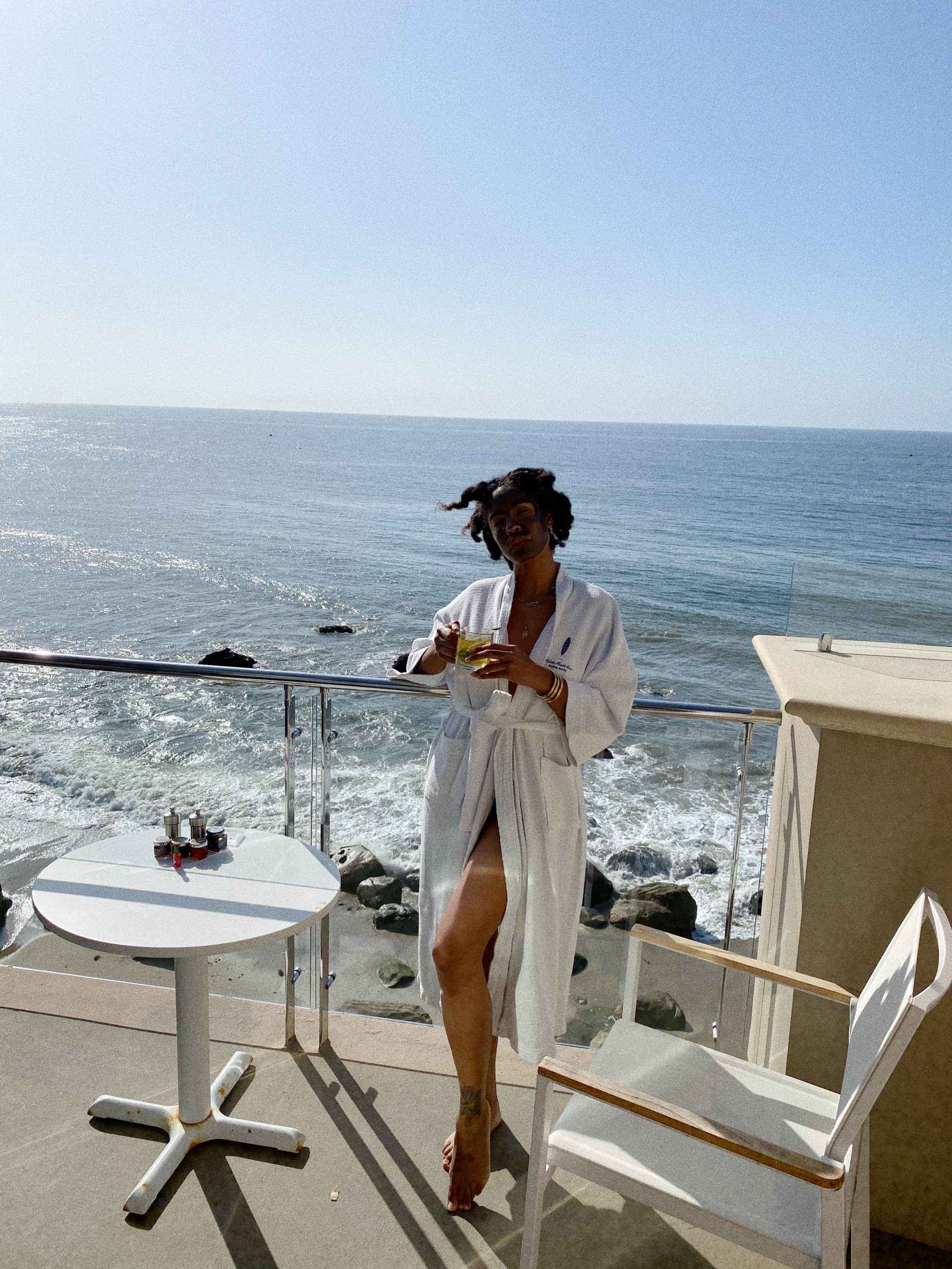 Malibu beach inn where to stay in Malibu, luxury hotel Los Angeles ocean view balcony
